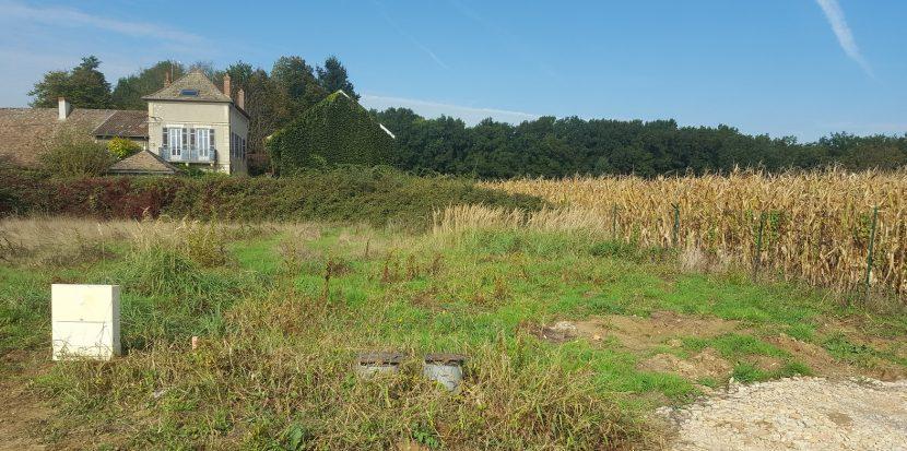 Terrain constructible à Cortelin Saint Rémy à vendre pour votre projet de construction de maison individuelle neuve RT 2012 avec bourgogne bâtir