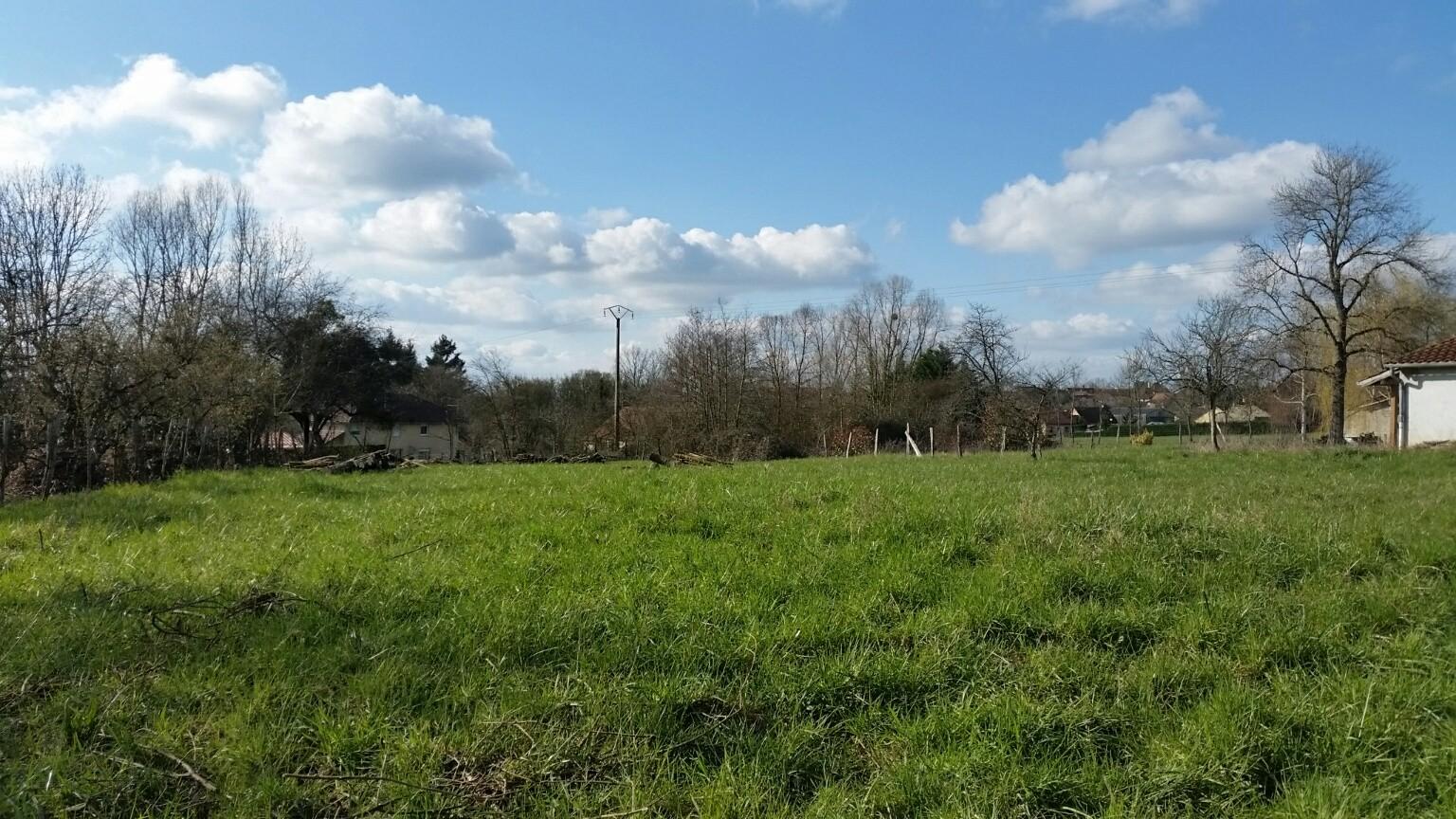 Terrain constructible montpont en bresse bourgogne b tir for Bourgogne batir