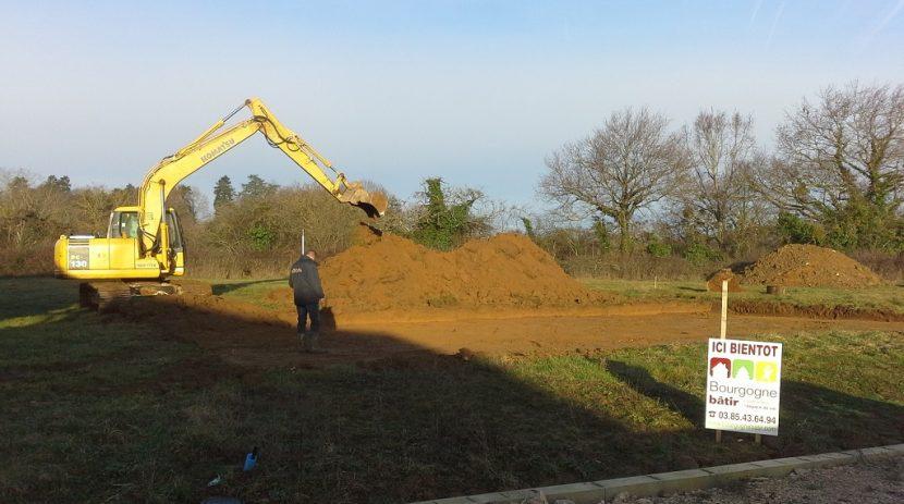 Démarrage chantier bourgogne bâtir constructeur de maison individuelle à Buxy 2