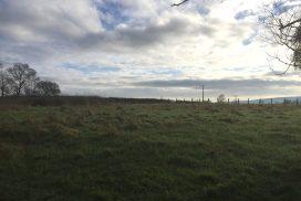 Terrain constructible à Messey s/Grosne 1 145 m2 à 42 400 € Jolie parcelle au cœur du village, viabilisation proche