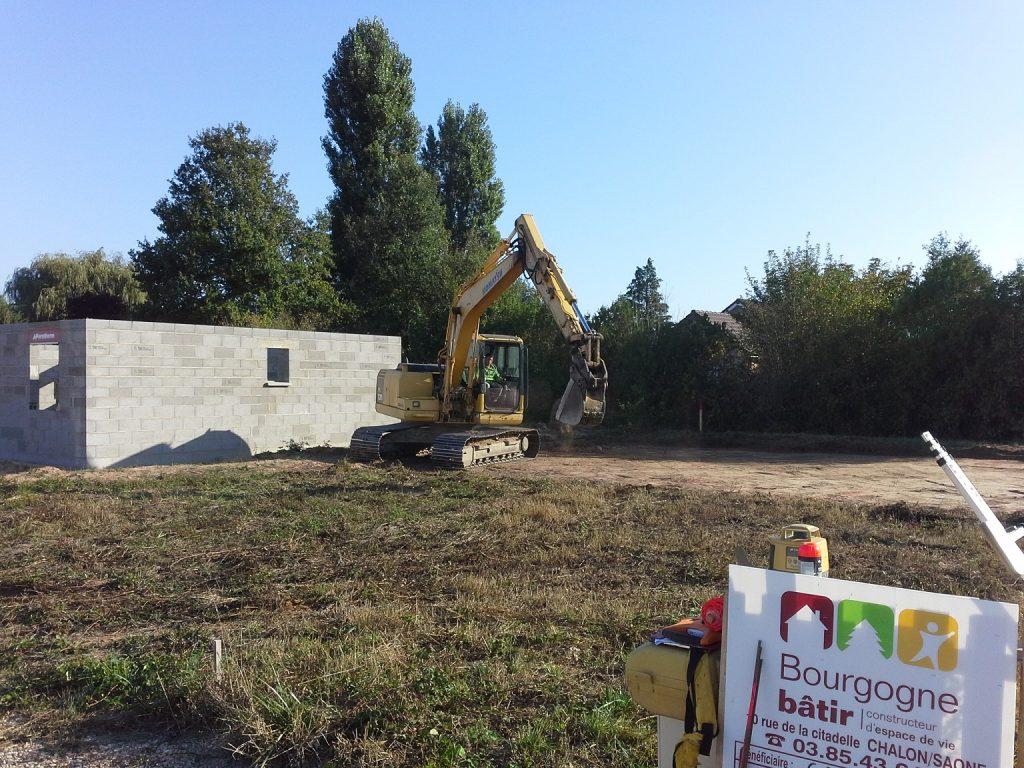 Démarrage chantier maison neuve de 90m² Bourgogne Bâtir à Epervans